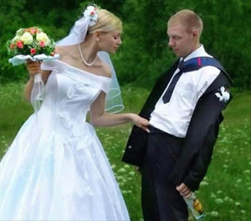 funny-wedding-pictures-bacon-wrapped-media-18